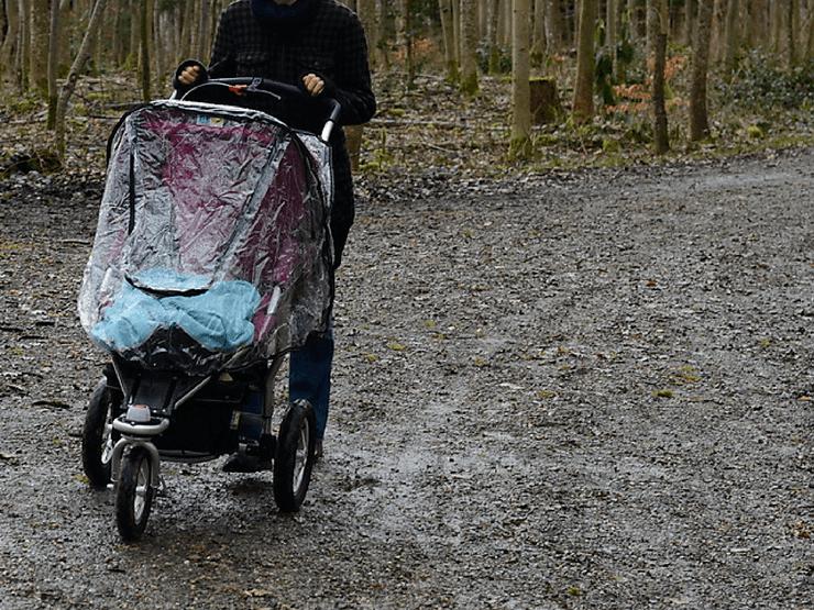 best-lightweight-all-terrain-stroller